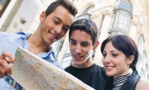 Teens-Traveling-Culture-e2040429